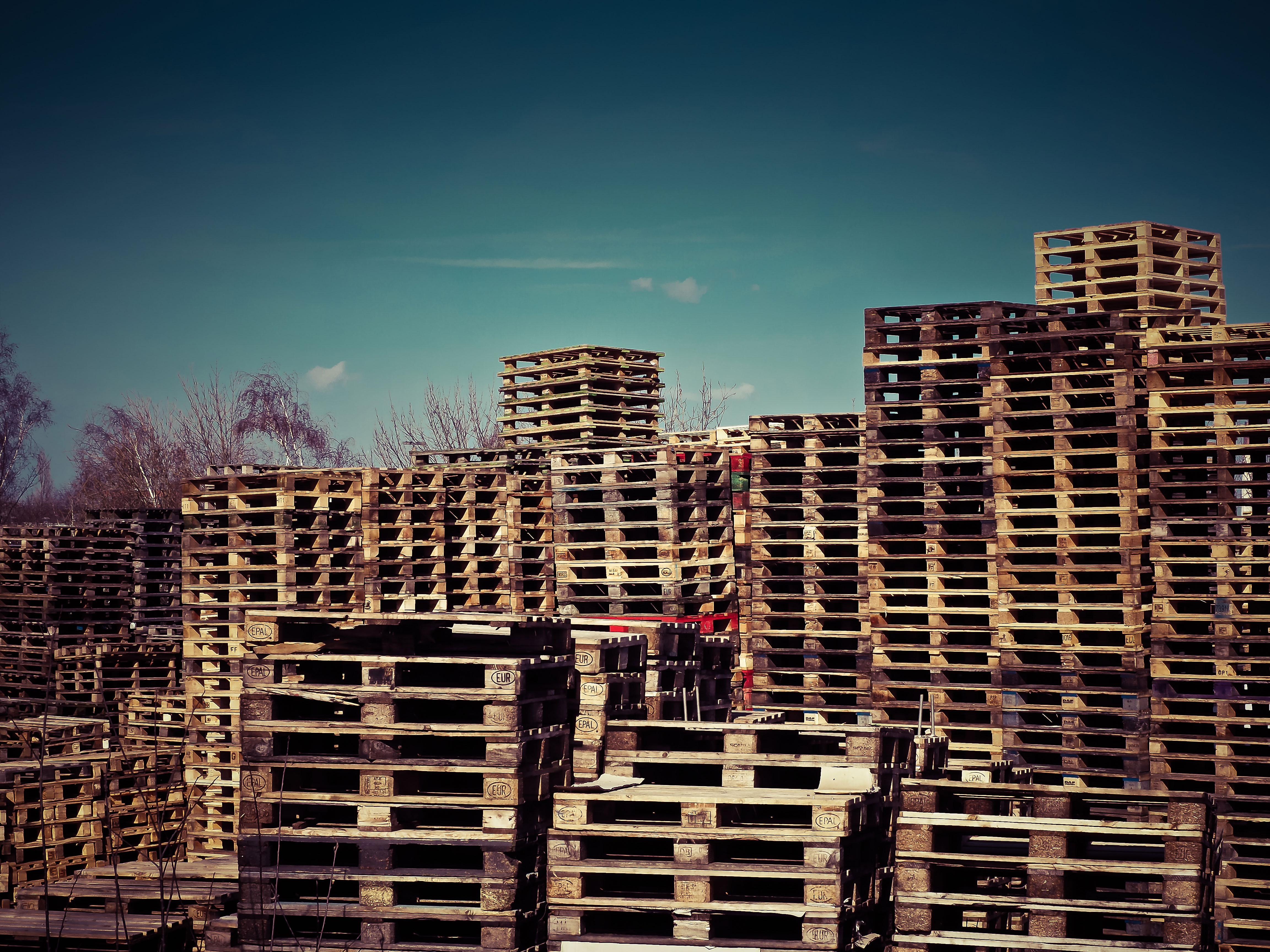 wooden-pallets-1258486